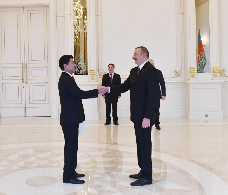 President Aliyev receives credentials of incoming ambassadors (PHOTO) - Gallery Image