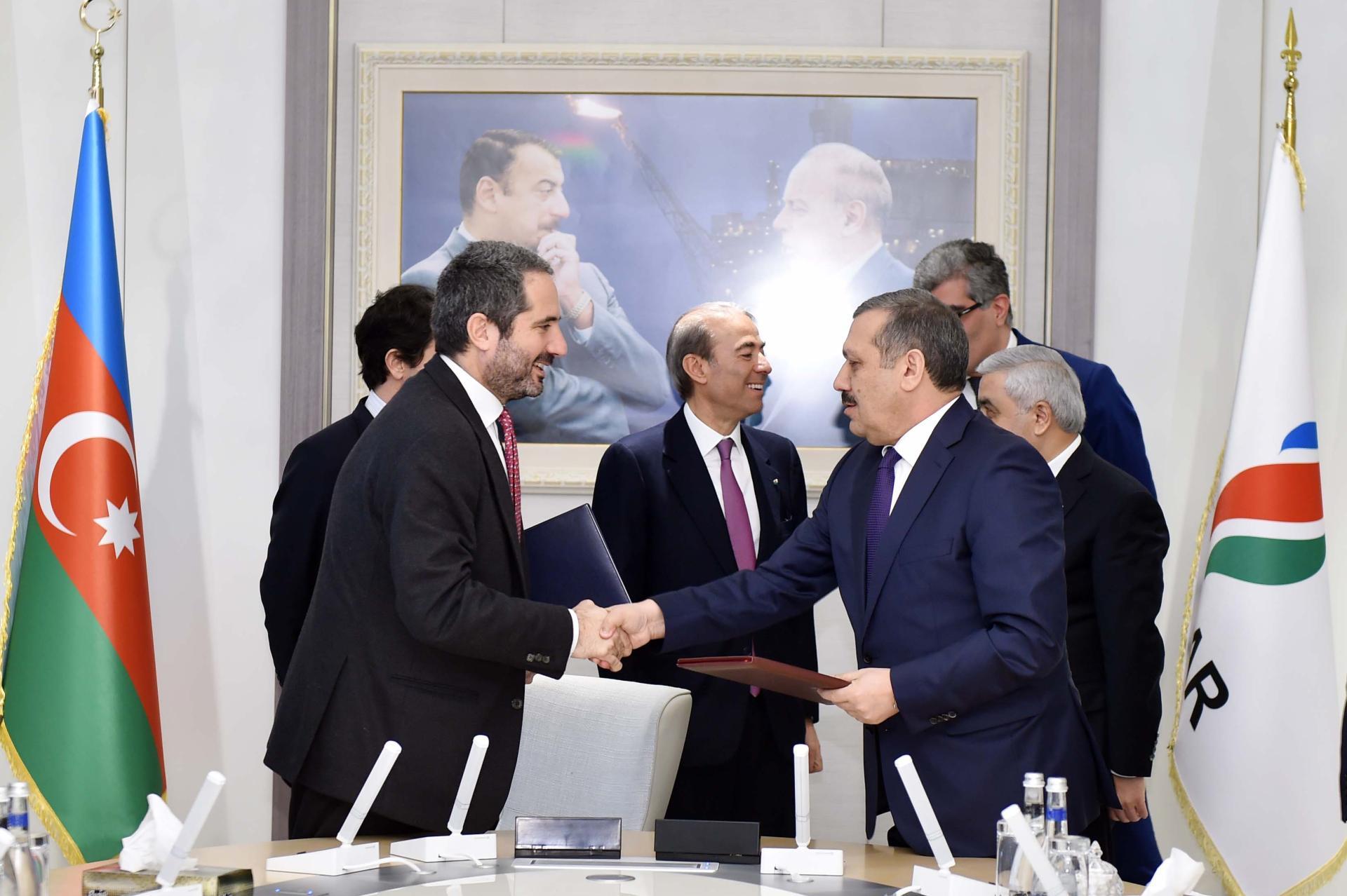 SOCAR заключила крупный контракт в рамках модернизации Бакинского НПЗ (ФОТО) - Gallery Image