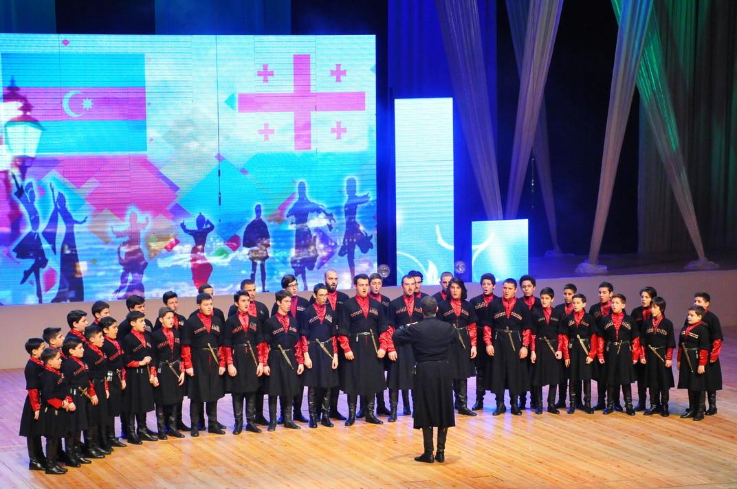 Dünya xalqlarının rəqslərindən ibarət konsert keçirilib (FOTO) - Gallery Image