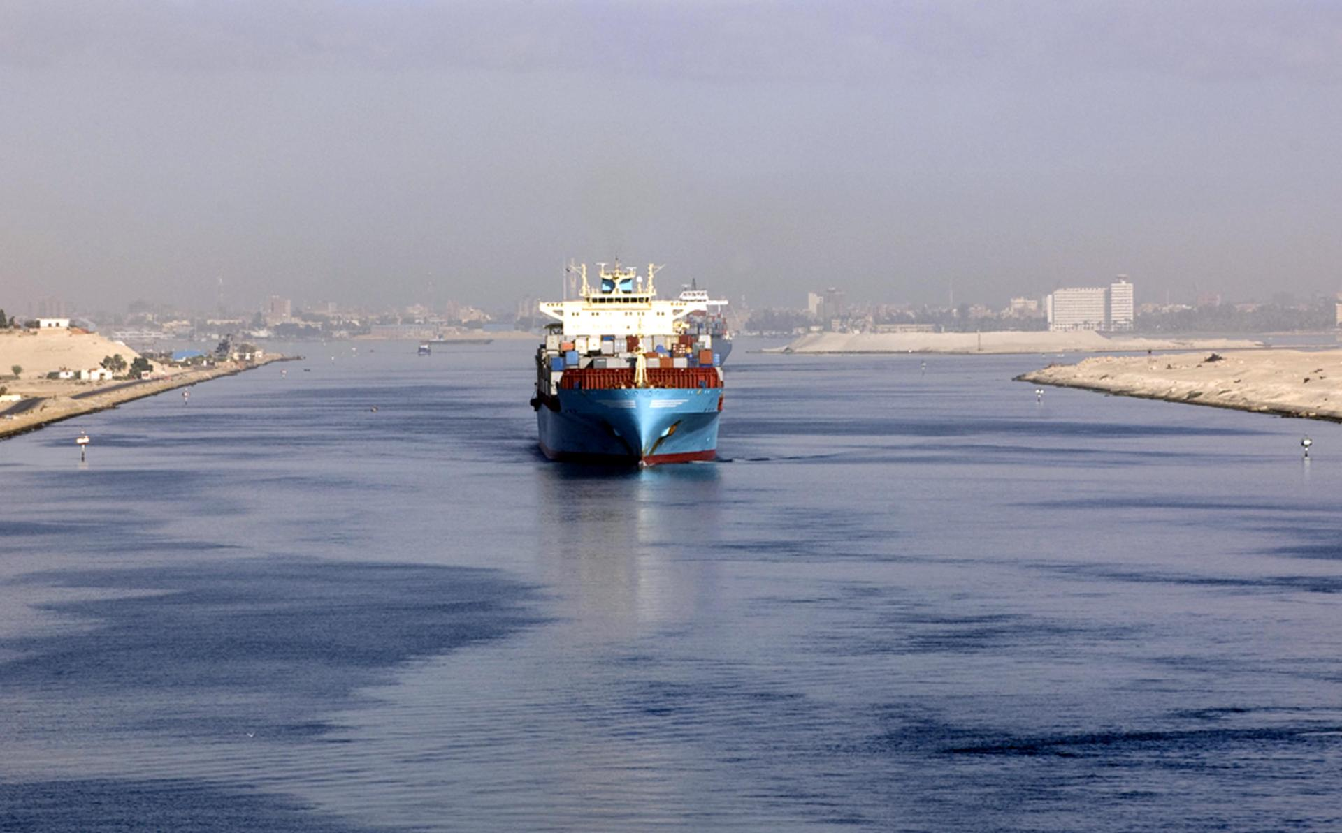 Alternative routes to Suez Canal and their disadvantages