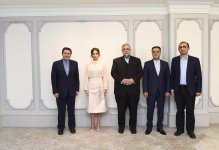 First VP Mehriban Aliyeva meets head of Iran's Islamic Culture and Relations Organization (PHOTO) - Gallery Thumbnail