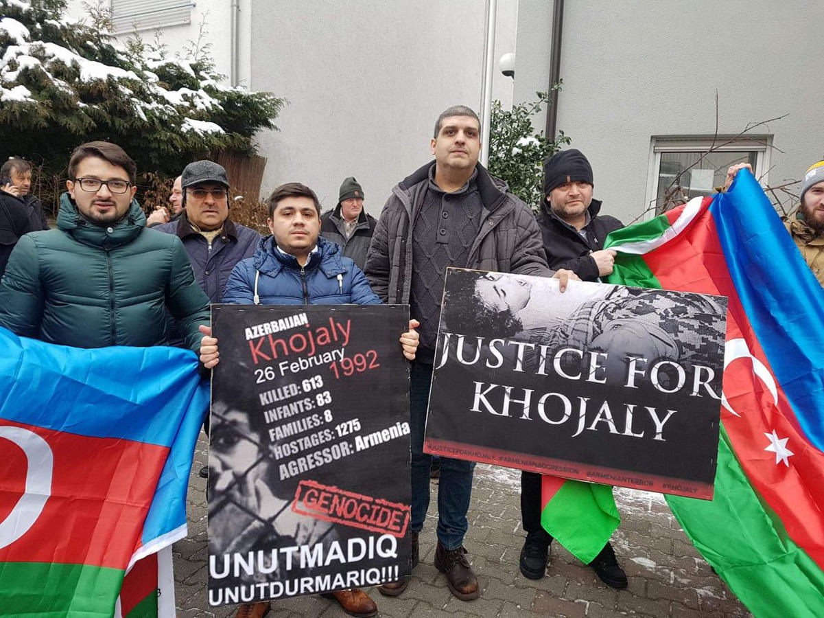Azerbaijanis in Munich hold protest rally over Khojaly genocide (PHOTO) - Gallery Image
