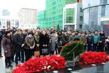 Azərbaycan ictimaiyyəti Xocalı soyqırımı qurbanlarının xatirəsini yad edir (FOTO) - Gallery Thumbnail