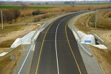 Президент Ильхам Алиев принял участие в открытии реконструированного участка Аран-Гарагаджи дороги Мингячевир-Бахрамтепе (ФОТО) - Gallery Thumbnail