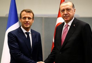 Turkish President Erdogan discusses east Mediterranean with France's Macron