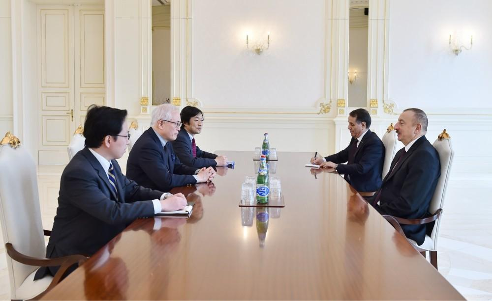 President Ilham Aliyev received Foreign Policy Adviser to Japanese Prime Minister (PHOTO)