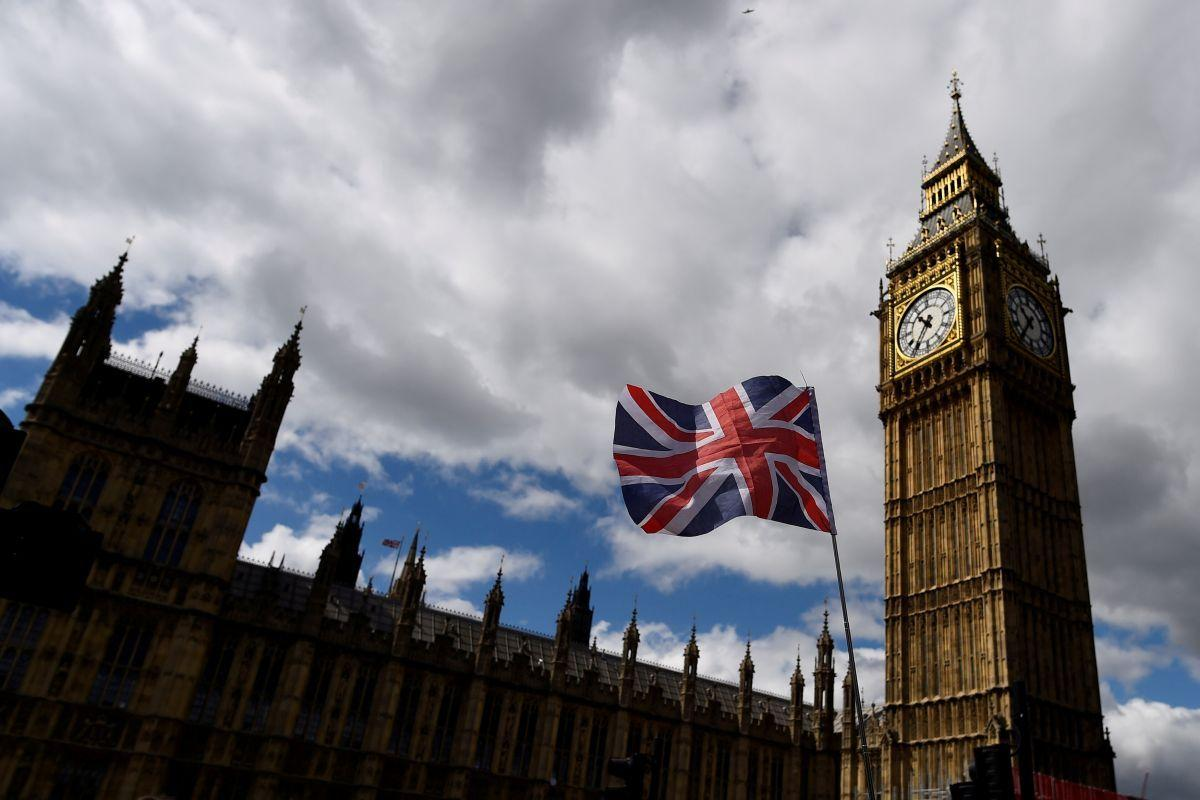 """Britaniya parlamenti Tereza Meyin """"Brexit"""" üzrə planını qəbul etmədi"""