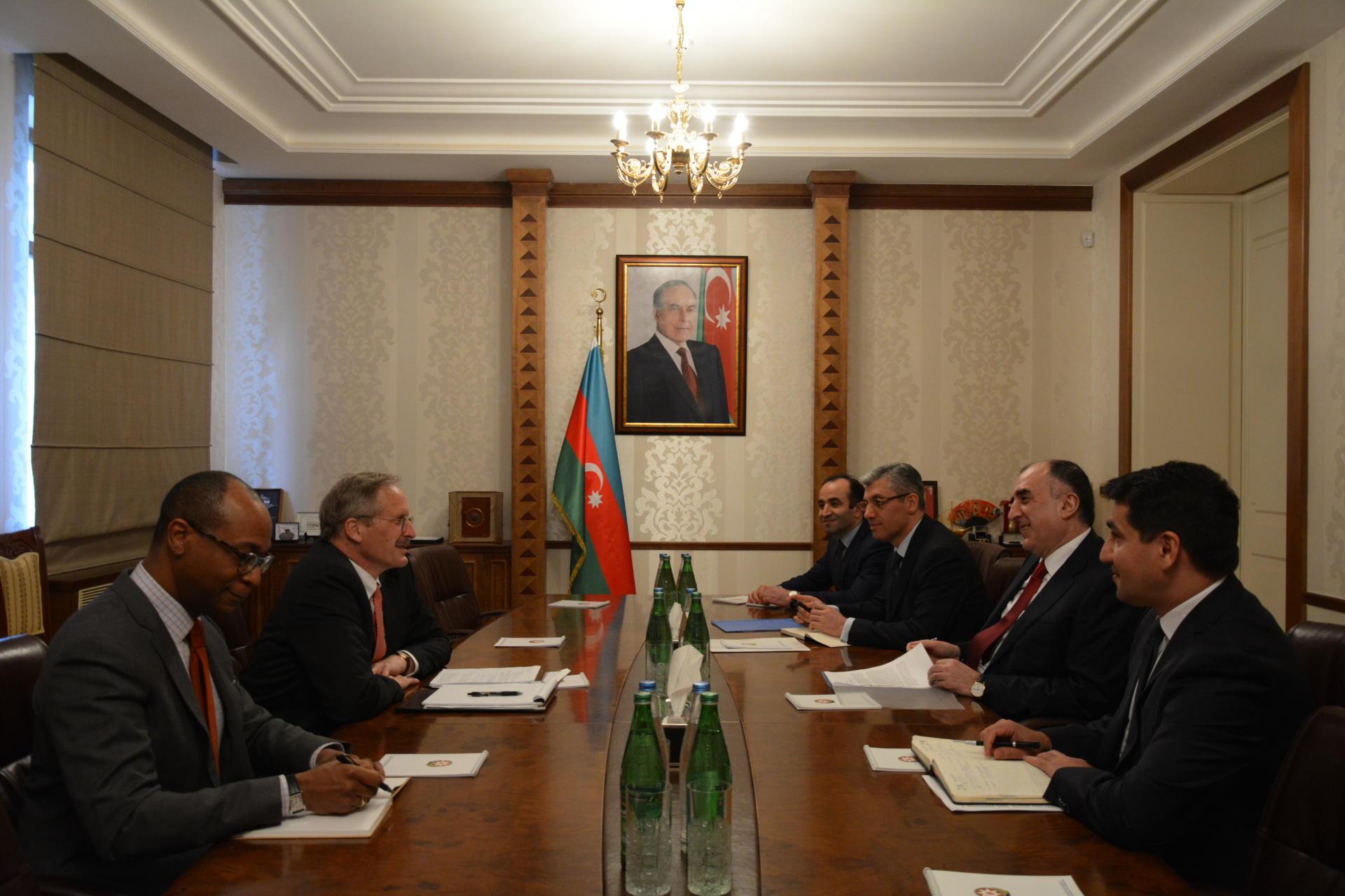 Глава МИД Азербайджана принял посла США