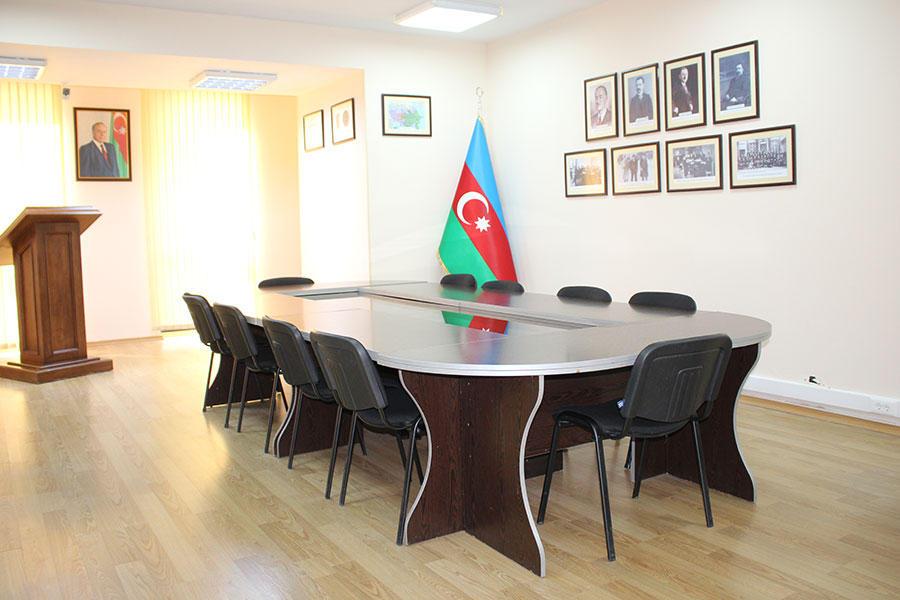 """Azərbaycan Universitetində """"Xalq Cümhuriyyəti"""" auditoriyası yaradılıb - Gallery Image"""
