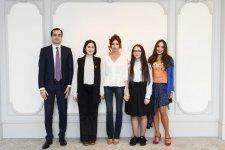 Birinci vitse-prezident Mehriban Əliyeva gənc ixtiraçılarla görüşüb (FOTO) - Gallery Thumbnail