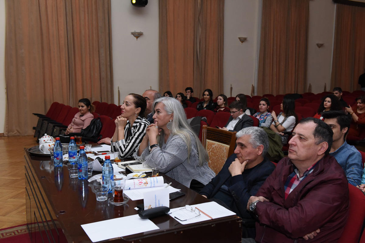 ADU-da bədii yaradıcılıq festivalının baxış müsabiqəsi keçirilib (FOTO) - Gallery Image