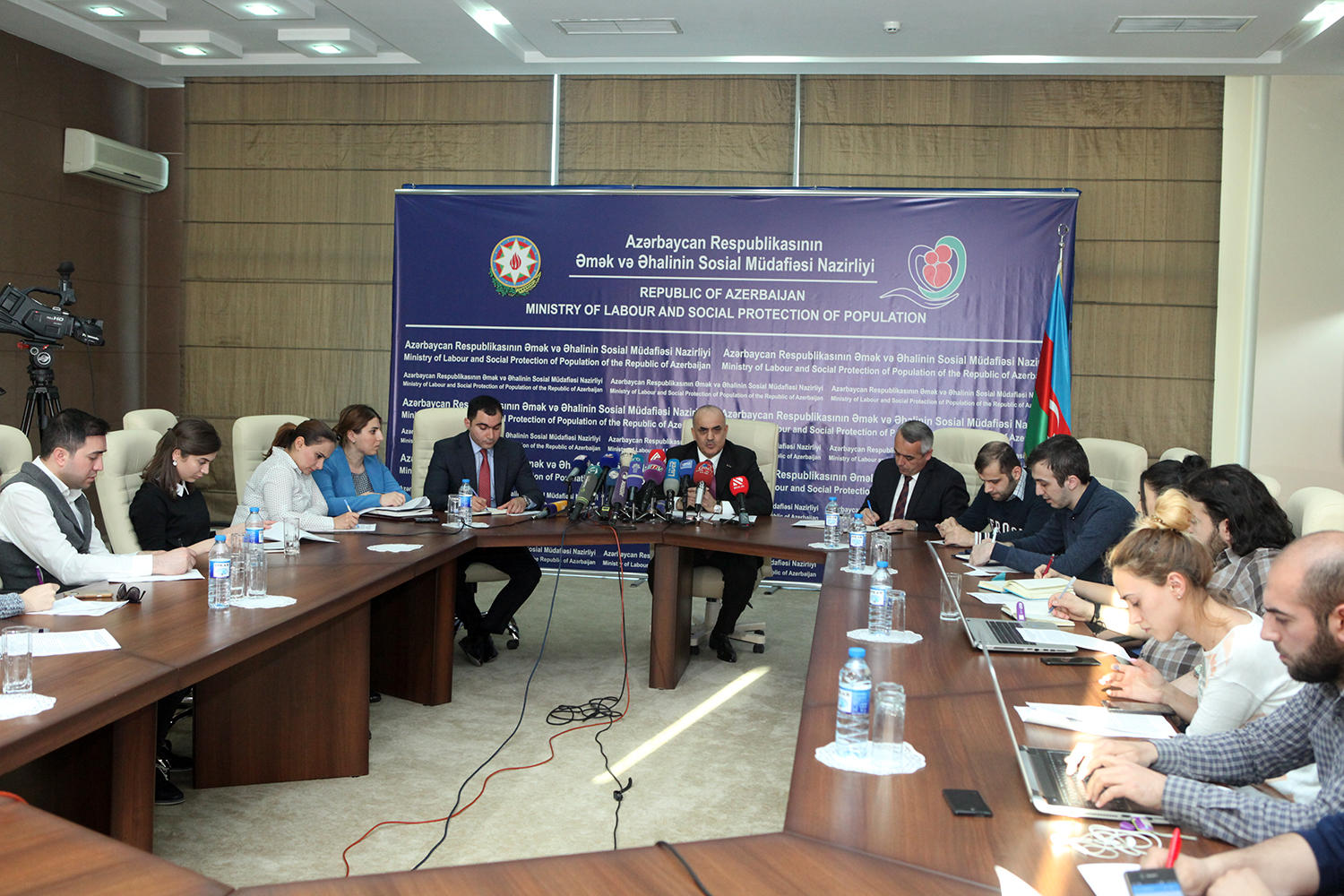 Payments to families of dead, missing Azerbaijani servicemen to cover 8,800 people (PHOTO) - Gallery Image