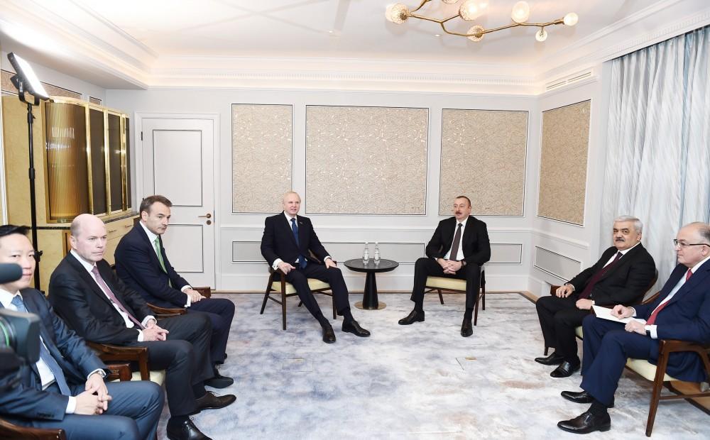 Prezident İlham Əliyevin Böyük Britaniyaya səfəri başlayıb (FOTO) - Gallery Image