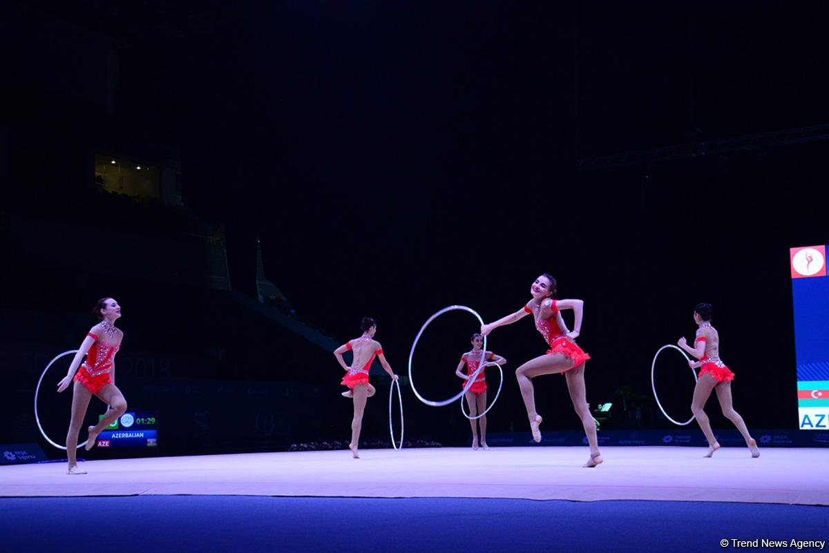 Azerbaijani gymnasts reach FIG World Cup finals in hoop exercises (PHOTO) - Gallery Image