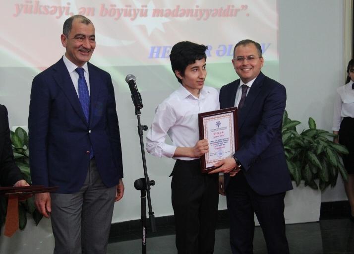 Юные музыканты выступили с концертом, посвященным 95-летию со дня рождения общенационального лидера Гейдара Алиева (ФОТО) - Gallery Image