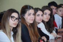 UNEC-də Auditorlar Palatasının sədrinin iştirakı ilə elmi seminar keçirilib. (FOTO) - Gallery Thumbnail