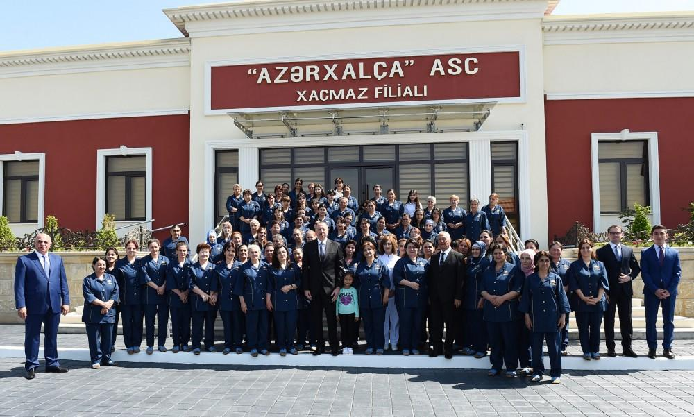 """Prezident İlham Əliyev """"Azərxalça"""" ASC-nin Xaçmaz filialının açılışında iştirak edib (FOTO) (YENİLƏNİB) - Gallery Image"""