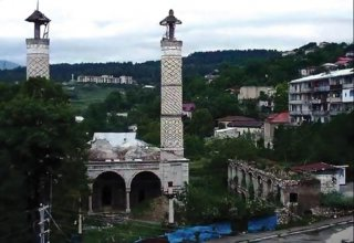 Numerous people take part in online survey on return to Azerbaijan's Nagorno-Karabakh region