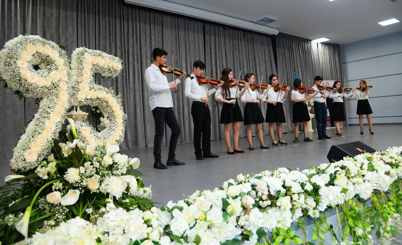 Heydər Əliyevin xatirəsinə həsr olunmuş konsert proqramı keçirilib (FOTO) - Gallery Image