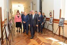 """UNEC-də konfrans: """"Müstəqil Azərbaycan Xalq Cümhuriyyətinin varisidir"""" (FOTO) - Gallery Thumbnail"""