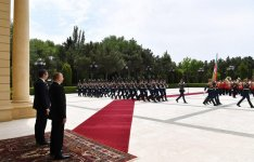 Official welcome ceremony held for Serbian President Aleksandar Vucic (PHOTO) - Gallery Thumbnail
