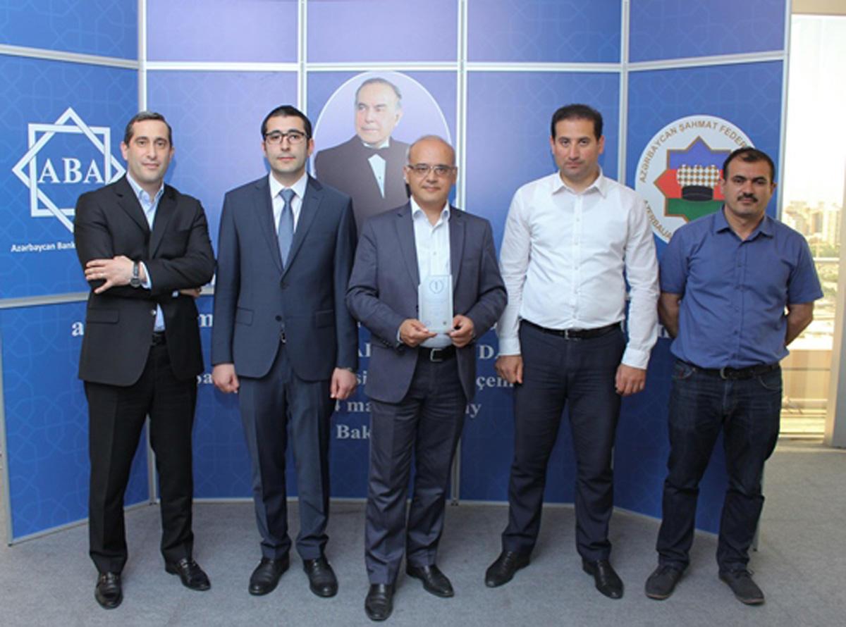 Azərbaycan Beynəlxalq Bankı banklararası şahmat turnirinin qalibi olub (FOTO)