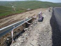 На ряде автодорог в Шамахинском районе активизировались оползневые процессы (ФОТО) - Gallery Thumbnail