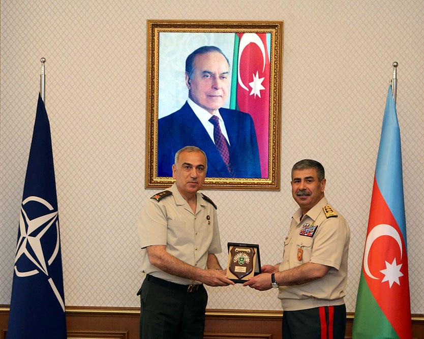 NATO generals: Azerbaijani officers - worthy example for their colleagues (PHOTO) - Gallery Image