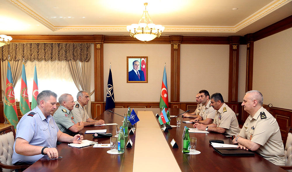 NATO generals: Azerbaijani officers - worthy example for their colleagues (PHOTO)