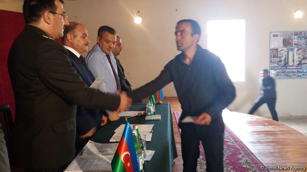 В исправительном учреждении №13 Пенитенциарной службы минюста Азербайджана освобожден 41 помилованный (ФОТО)