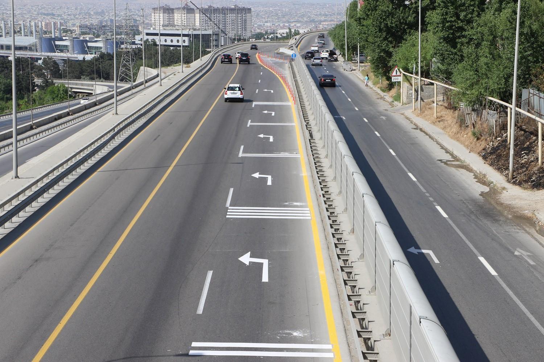 Sürücülərin NƏZƏRİNƏ! Bakı Dairəvi-1 yolunda dəyişikliklər edildi (FOTO) - Gallery Image