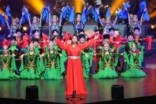 Azərbaycan Xalq Cümhuriyyətinin 100 illiyinə həsr olunan konsertdən fotosessiya - Gallery Thumbnail