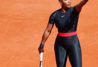 Серена Уильямс снялась с турнира в Майами