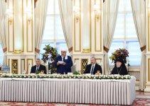 Президент Ильхам Алиев принял участие в ифтаре по случаю священного месяца Рамазан (ФОТО) - Gallery Thumbnail