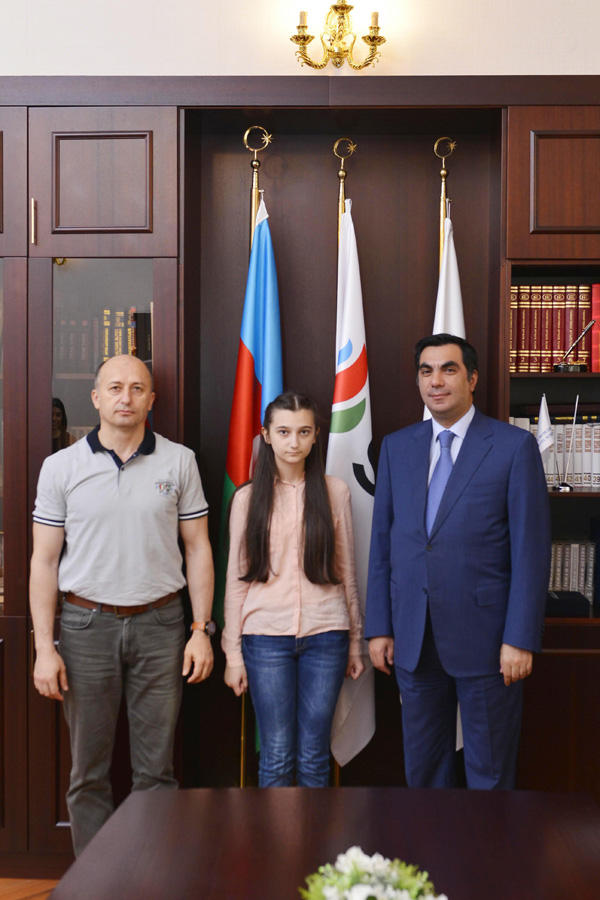 BHOS interview with Asra Bayramova who earned 700 points at entrance exams (PHOTO) - Gallery Image