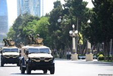 Baku hosts military parade on occasion of centenary of Azerbaijan's Armed Forces (PHOTO/VIDEO) - Gallery Thumbnail