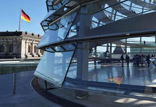 German exports stabilized, but trade risks remain