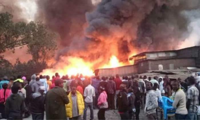 В Найроби загорелся рынок, 15 человек погибли