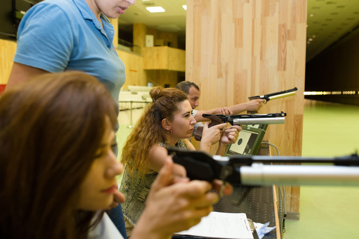 Bakcell organizes shooting competition for media representatives (PHOTO)