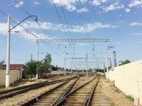 Проводится капремонт системы электроснабжения Бакинской пригородной железнодорожной линии (ФОТО) - Gallery Thumbnail