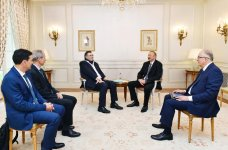 President Ilham Aliyev met with Chairman and CEO of Total (PHOTO) - Gallery Thumbnail
