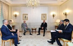 President Ilham Aliyev meets with Chairman of Rothschild and Co company in Paris (PHOTO) - Gallery Thumbnail