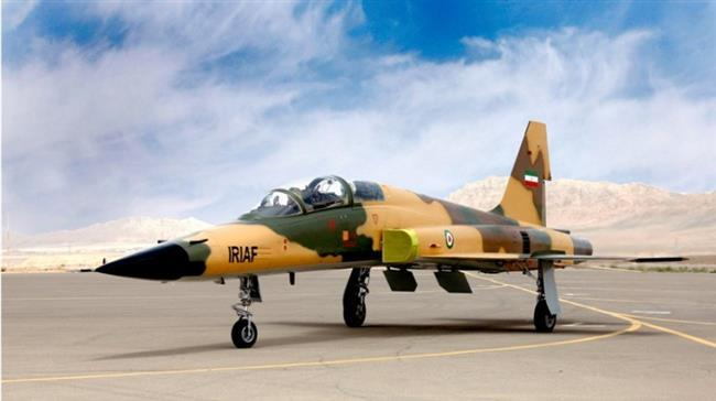 Iran unveils new domestically made fighter jet (PHOTO) - Gallery Image