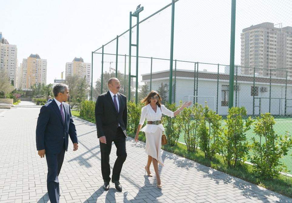 President Aliyev attends opening of sports, amusement park in Khatai district of Baku (PHOTO) - Gallery Image