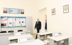 President Ilham Aliyev views conditions at reconstructed lyceum in Baku (PHOTO) - Gallery Thumbnail