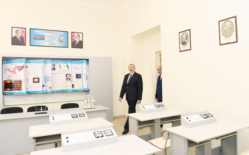 President Ilham Aliyev views conditions at reconstructed lyceum in Baku (PHOTO)