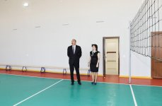 Ilham Aliyev views conditions created at secondary school in Nardaran after overhaul (PHOTO) - Gallery Thumbnail