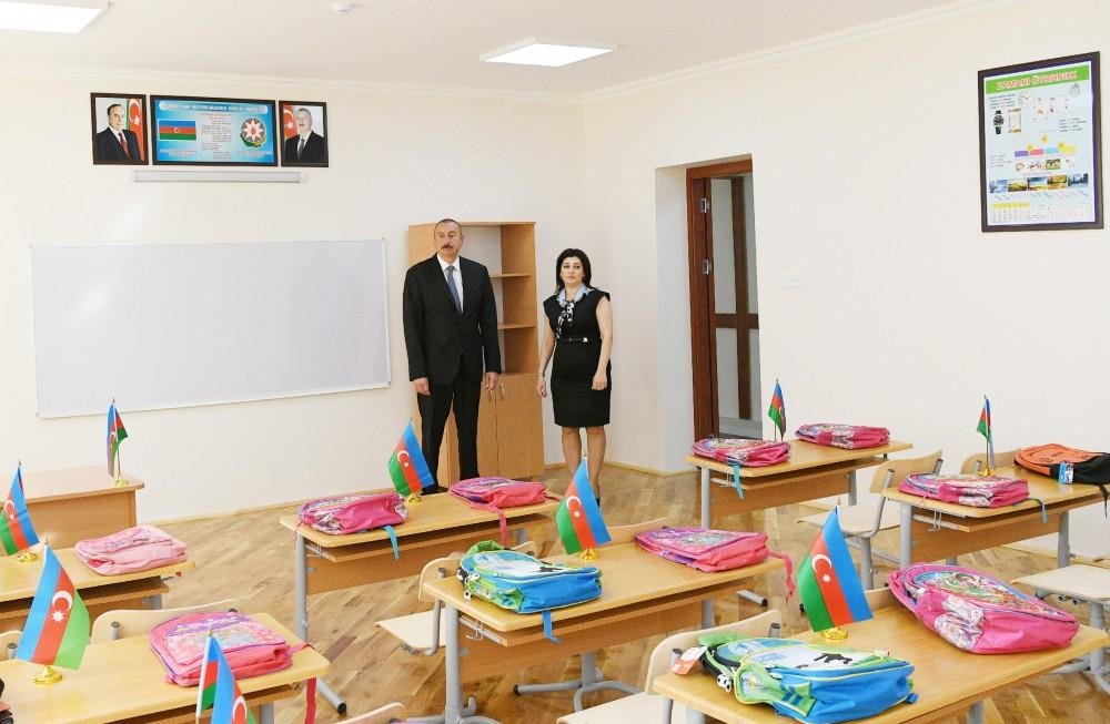 Ilham Aliyev views conditions created at secondary school in Nardaran after overhaul (PHOTO)