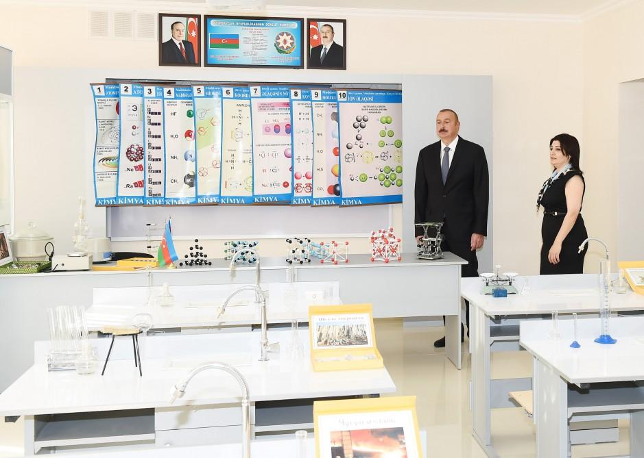 Ilham Aliyev views conditions created at secondary school in Nardaran after overhaul (PHOTO) - Gallery Image