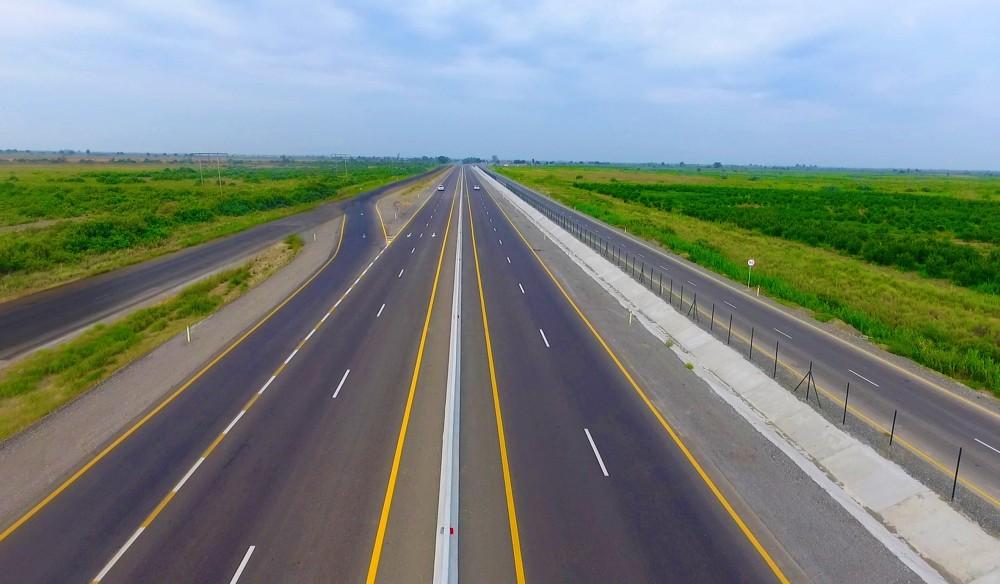 Iran declares length of roads and railways to be commissioned